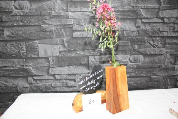 Vase aus Speierling massiv #21