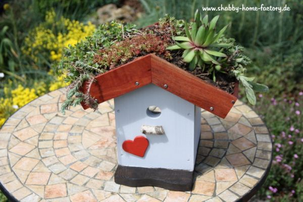 Nistkasten Vogelhaus Nisthilfe Gartendeko Dachbegrünung