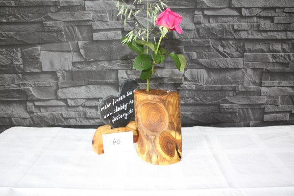 Vase aus Goldregen massiv #40